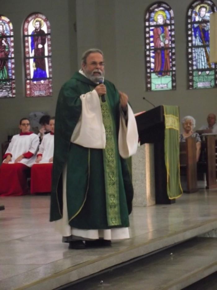 Missa dia 16/09/2017 às 17h celebrada pelo Pe. Antonio Mari