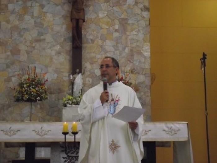 Domingo De Páscoa Missa Realizada ás 11h 27/03/2016